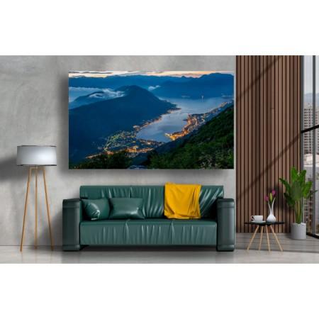Tablou Canvas Natura Craiova - Peisaj din Muntenegru - Persona Design