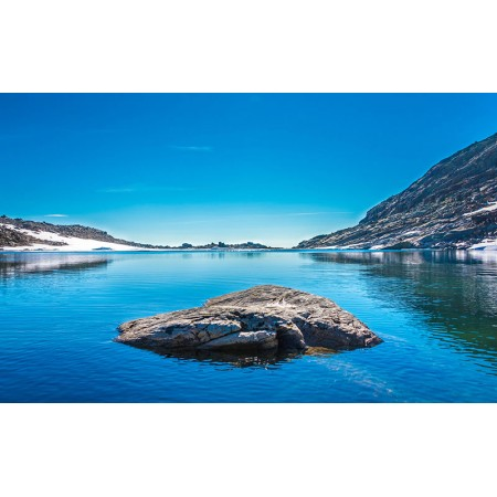 Fototapet Natura Personalizat - Lacul Rece