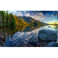 Fototapet Natura Personalizat - La Munte