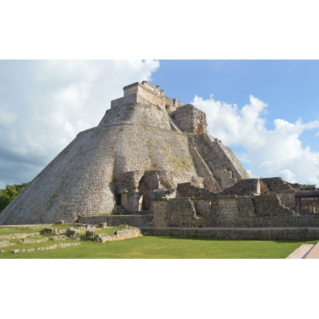 Fototapet Orase Personalizat - Piramida Magului